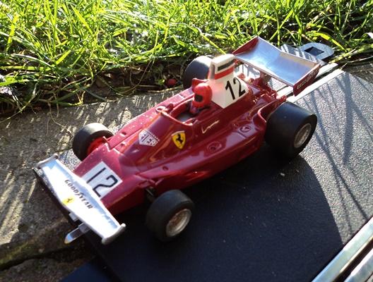 Slot car racing galileo